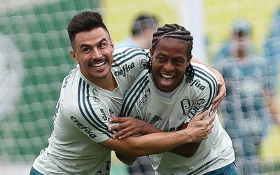 Do Egito, Keno vibra com título do Palmeiras, parabeniza ex-companheiros, manda apoio a Willian e pede medalha de campeão