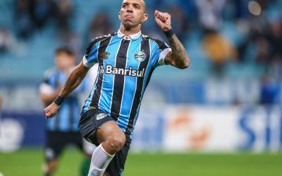 Em boa fase no Grêmio, Diego Tardelli revê segunda maior vítima de toda a sua carreira