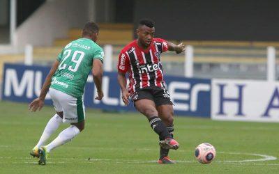 """Cria da base do São Paulo, Luan pode atingir marca de 50 jogos pelo time principal diante do Atlético-MG: """"Enorme honra vestir essa camisa"""""""