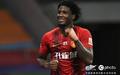 Fez a sena: Markão marca dois gols, balança as redes pelo sexto jogo consecutivo, assume a artilharia do Chinês e comanda vitória do Hebei Fortune