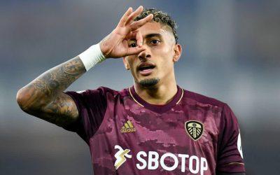 Destaque do Leeds no final de semana, Raphinha fala sobre o primeiro gol na Premier League e adaptação à Inglaterra