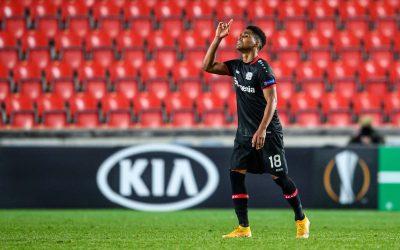 """Antes de clássico contra o Bayern, Wendell fala da expectativa de se tornar o estrangeiro com mais jogos na história do Leverkusen e comemora liderança do clube na Bundesliga: """"Orgulhoso e feliz"""""""