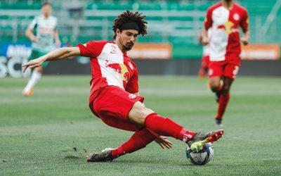 Ídolo do Red Bull Salzburg, André Ramalho marca gol em triunfo direto na briga pelo título e se aproxima de sua décima conquista pelo clube, a sexta Liga Austríaca