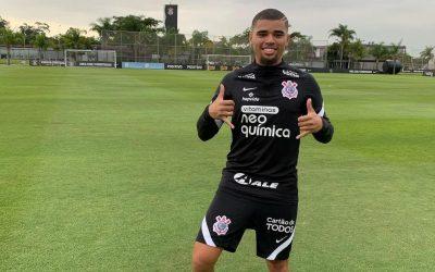 """Cinco meses após cirurgia, fisioterapeuta do Corinthians elogia evolução de Daniel Marcos: """"Responde muito bem a todas as tarefas propostas"""""""