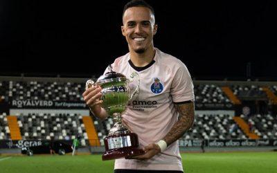 Peglow avalia como positivo primeiros dias no Porto B e se destaca em título de torneio de pré-temporada