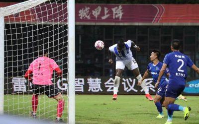 Markão marca primeiro gol pelo Wuhan Three Towns, garante empate nos acréscimos e mantém equipe na briga pelo acesso na China