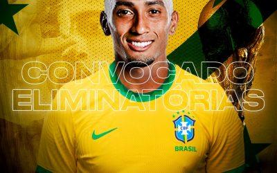 """Raphinha celebra nova convocação e vive a expectativa de estar à disposição de Tite para defender a Seleção Brasileira: """"Espero que, dessa vez, eu possa realizar o meu sonho de criança"""""""